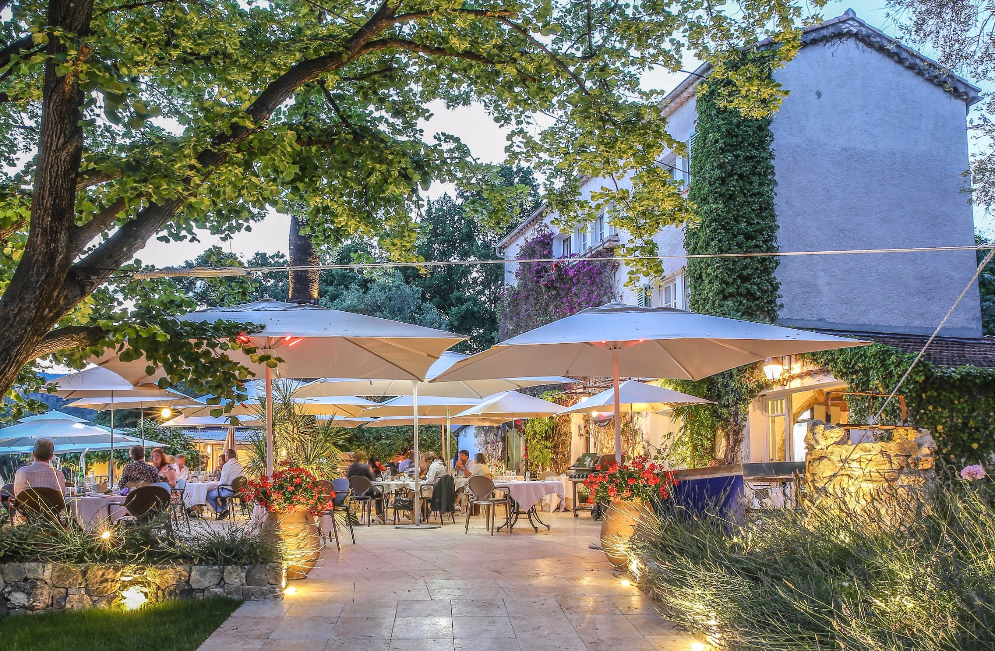Le Mas des Geraniums Opio Restaurant Reviews Phone Number