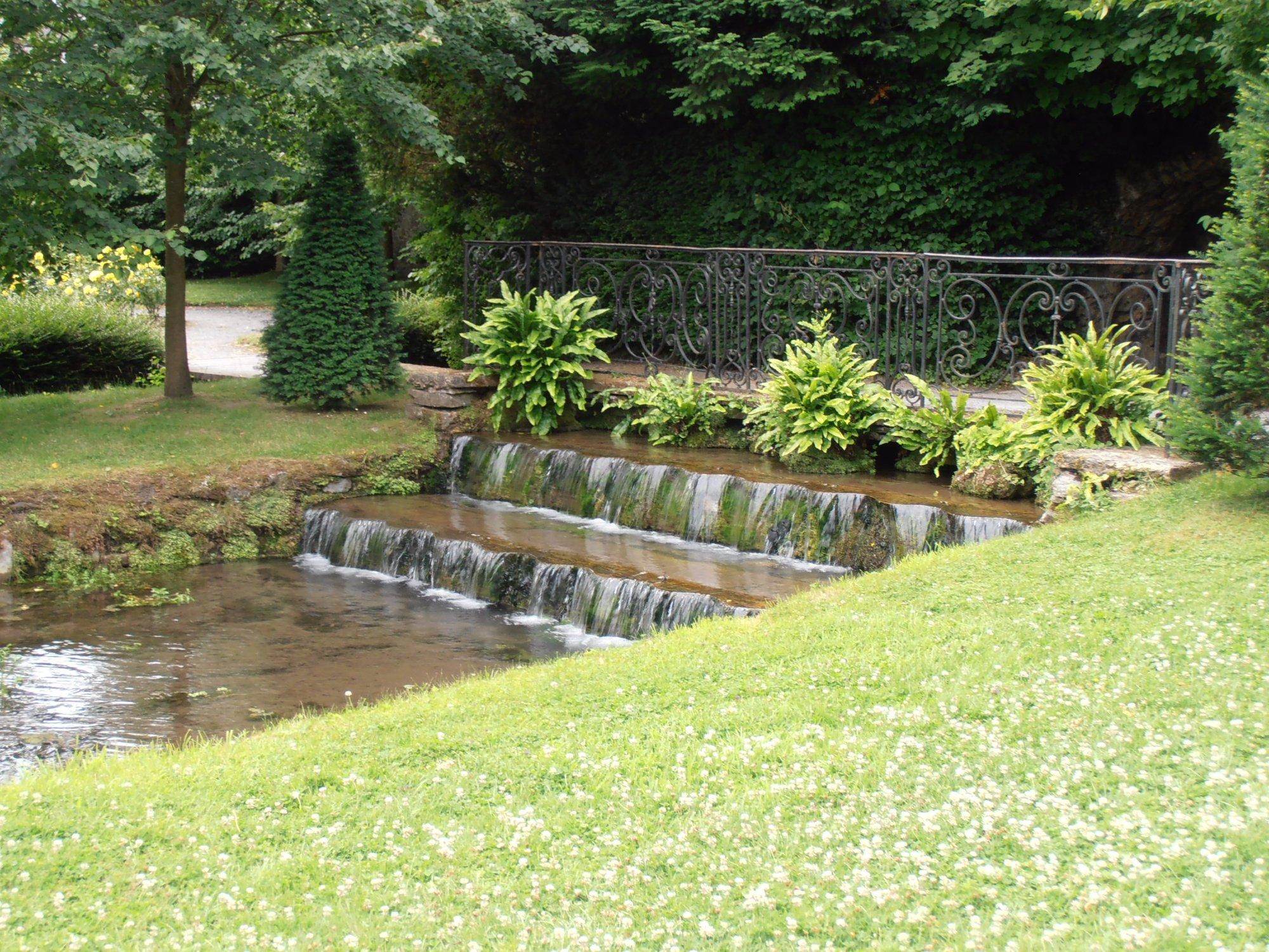 Les jardins d 39 annevoie annevoie rouillon ce qu 39 il faut savoir tripadvisor for Ecran de jardin belgique