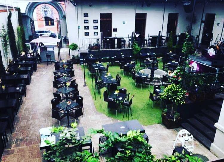 Bistro mecha centro historico toluca fotos n mero de for Cafe el jardin centro historico