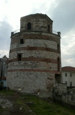 Makedon Kulesi