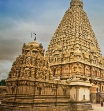 Chandralok Society Shiv Temple Manjalpur