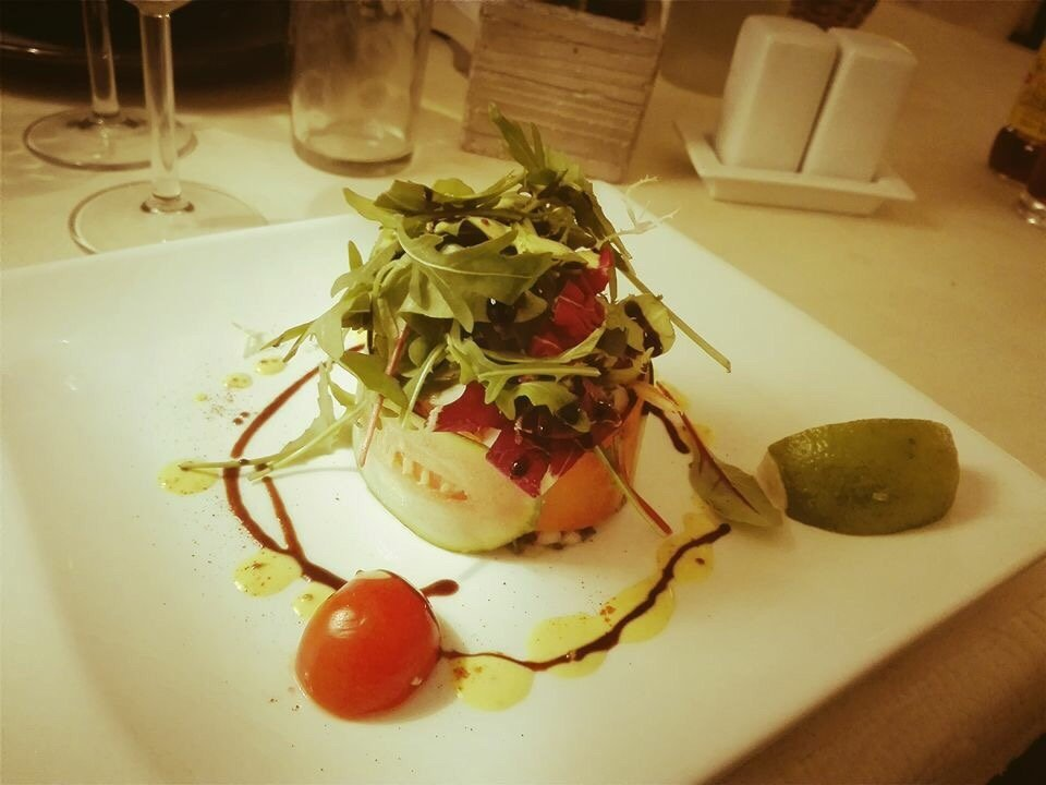 Chez thome le tholonet restaurant reviews phone number for Aix carrelage le tholonet