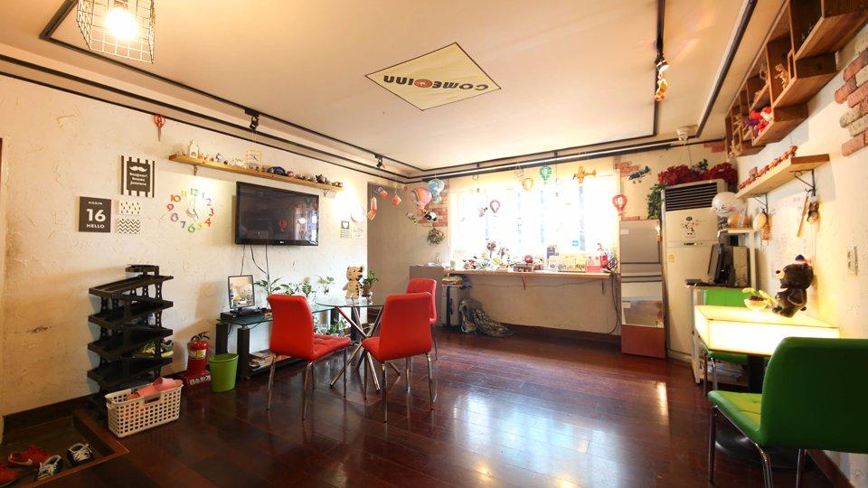 Living room  (264884814)