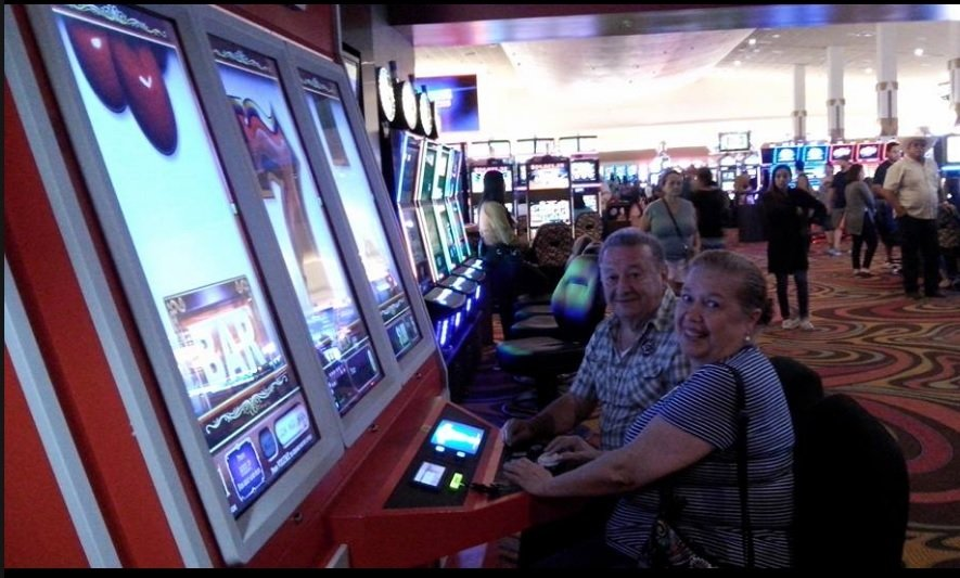 Lucky eagle casino restaurant