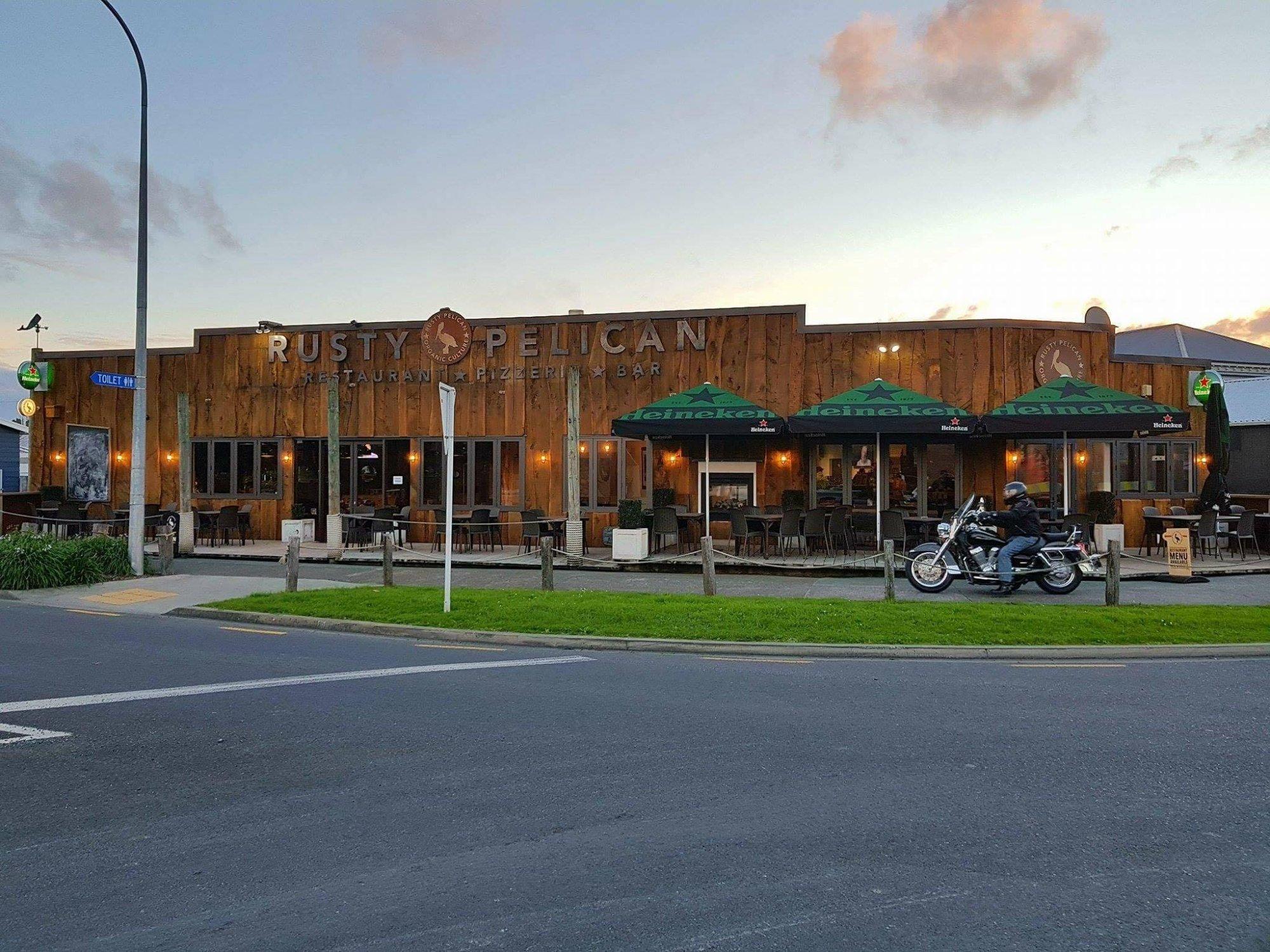 Rusty Pelican Restaurant & Pizzeria
