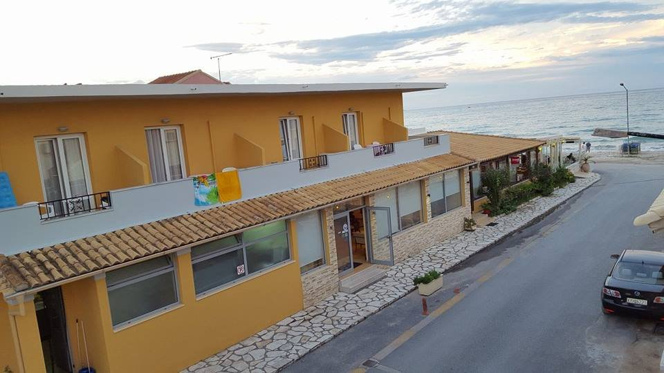 Kormoranos Beach Hotel