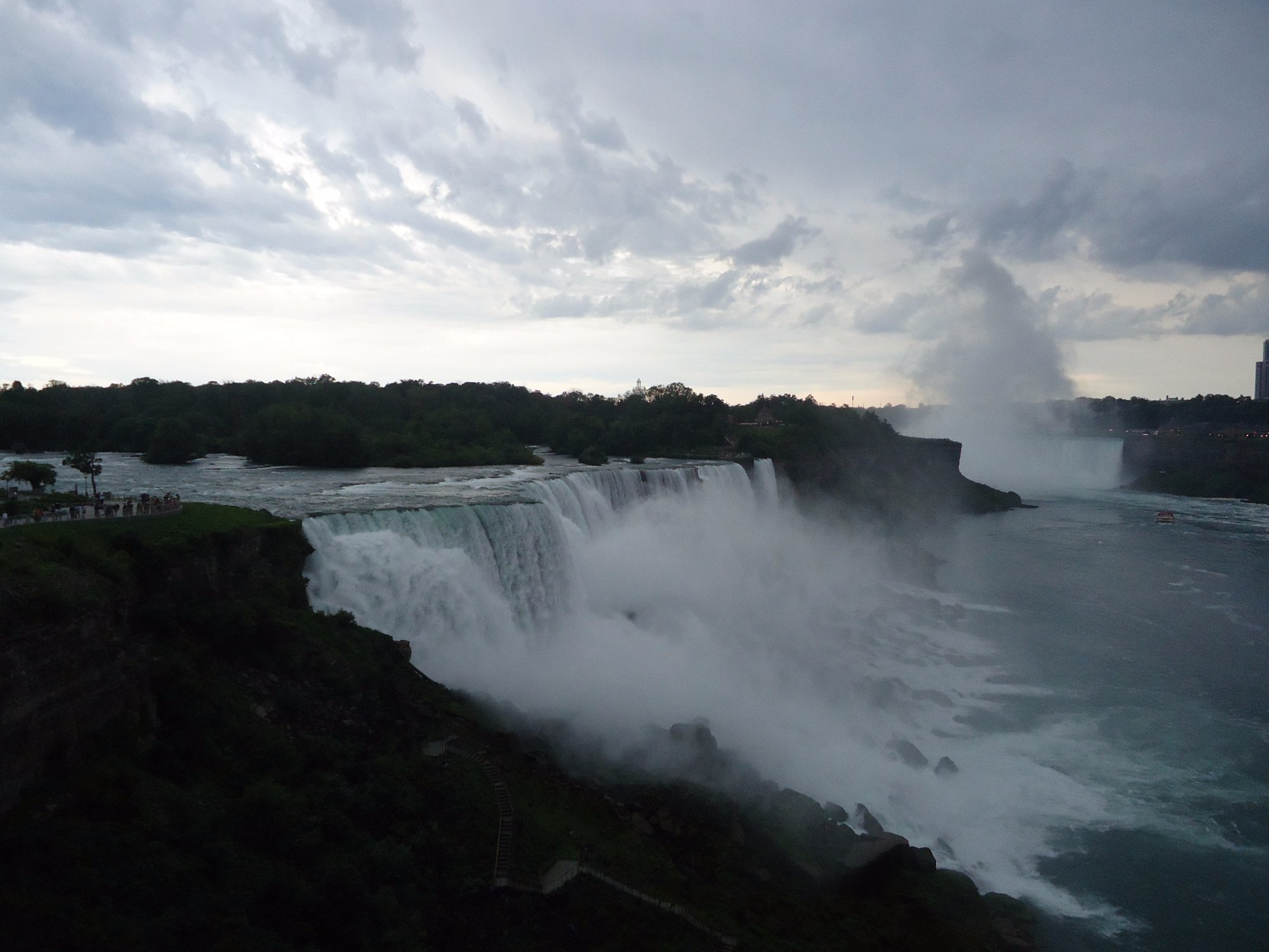 Mist in the far distance being created from the HORSESHOE FALLS.