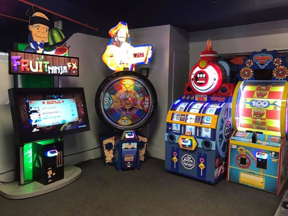 Arcade para adultos tampa florida