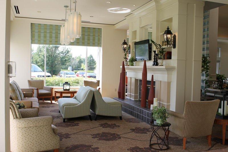 Hilton garden inn addison updated 2018 hotel reviews for Addison salon suites
