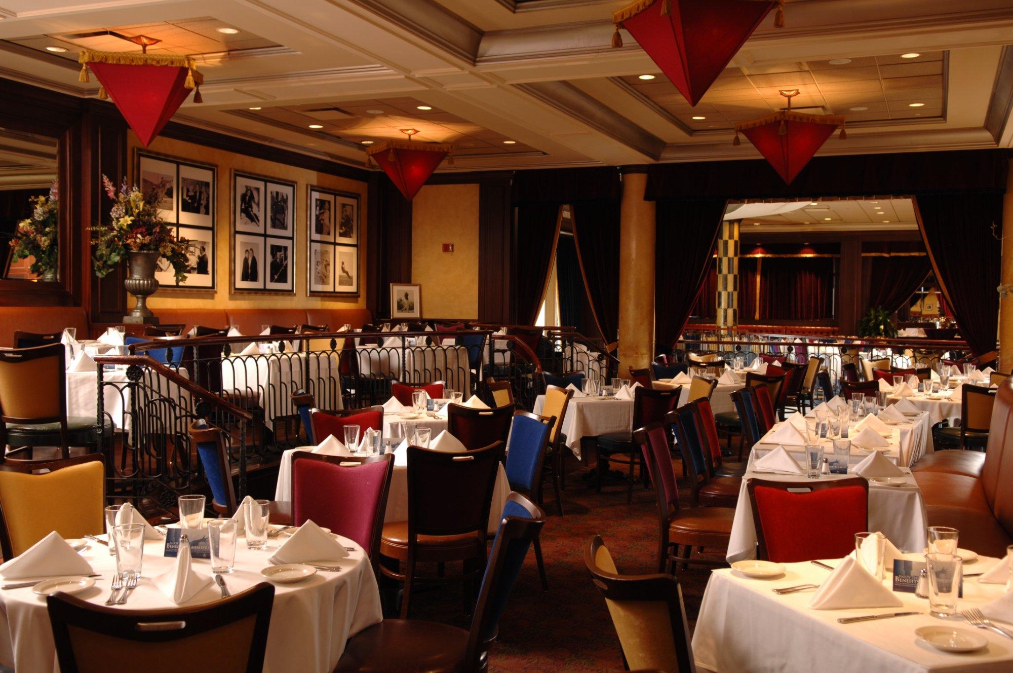 All photos  20 The Clubhouse  Oak Brook   Menu  Prices   Restaurant Reviews  . Oak Brook Il Restaurants Delivery. Home Design Ideas