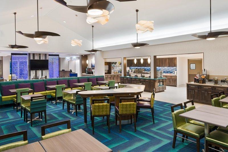 Homewood suites by hilton orlando nearest to univ studios for Aashirwad indian cuisine orlando reviews