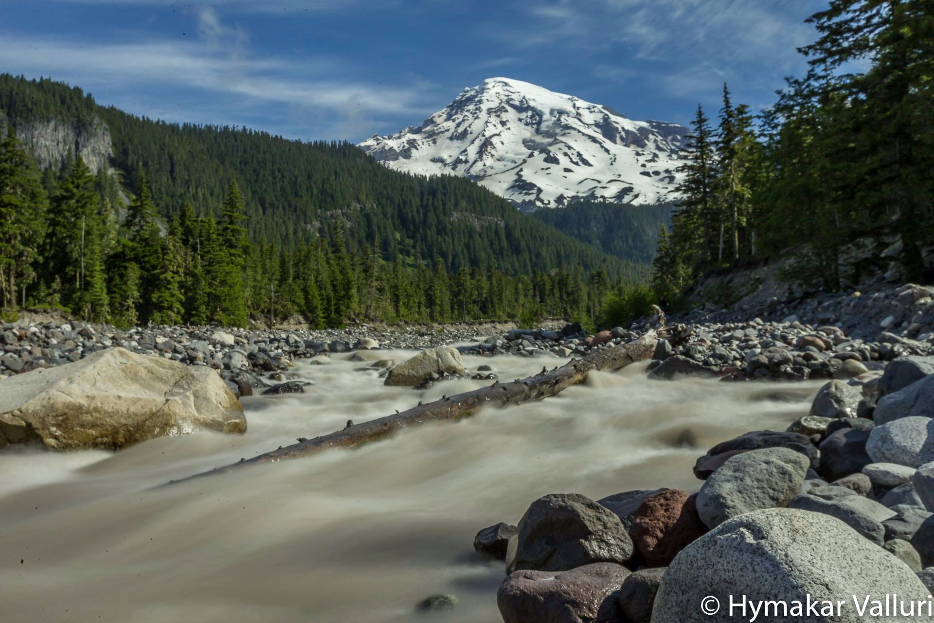 Streams from waters melted from Glaciers in Mount Rainier