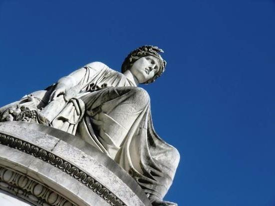 Statua della Pace, Realizzata da G.B. Comolli