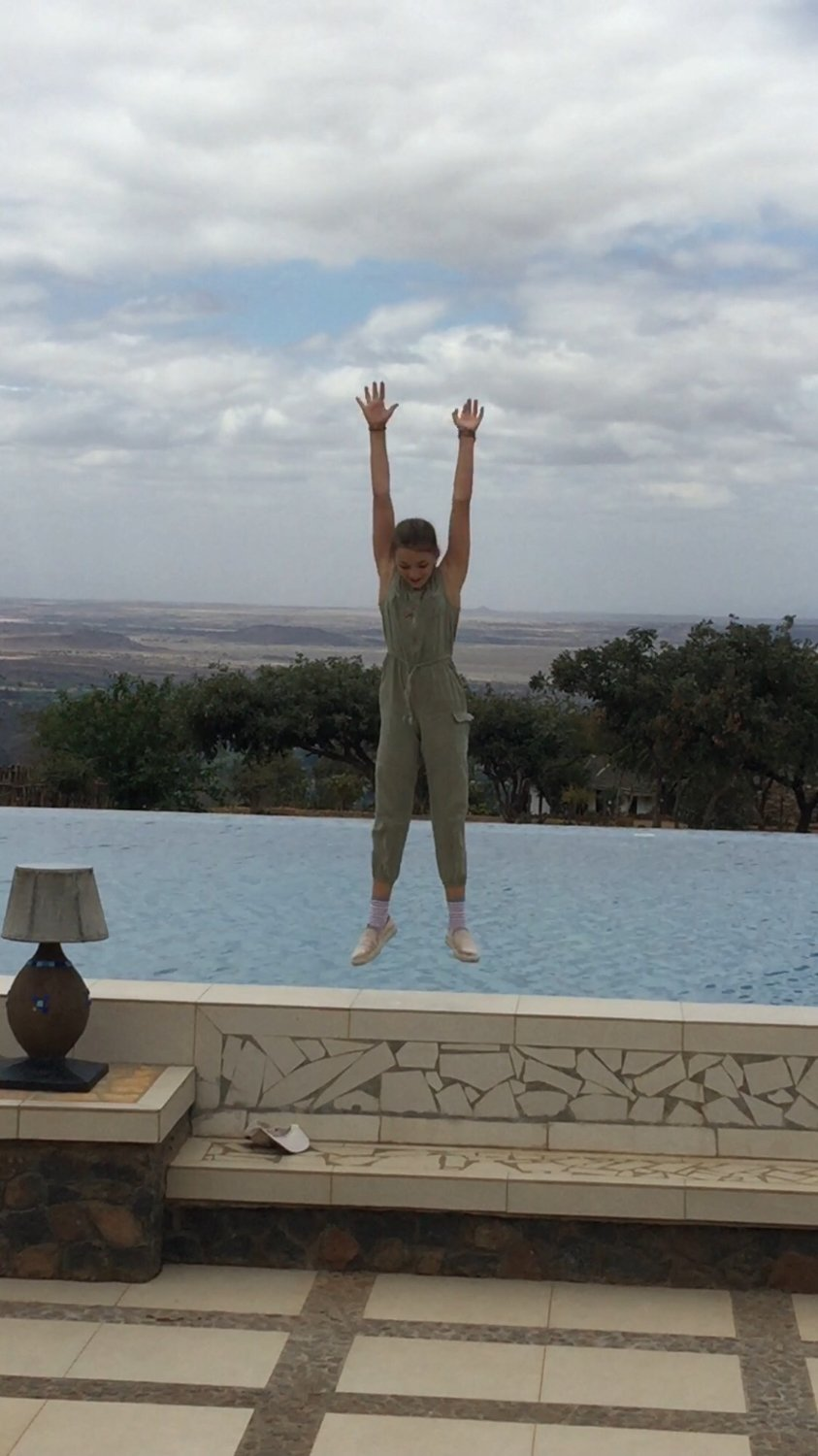 Lake manyara kilimamoja lodge hotel lake manyara national for O piscine otterburn park