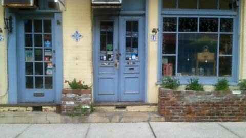 A shop on Aviles Street, the oldest street in America.