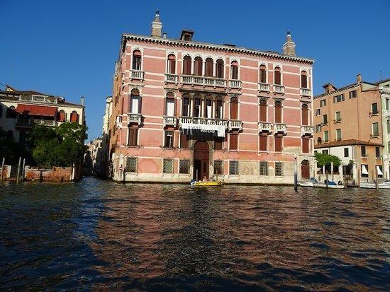 Palazzo Fontana Rezzonico