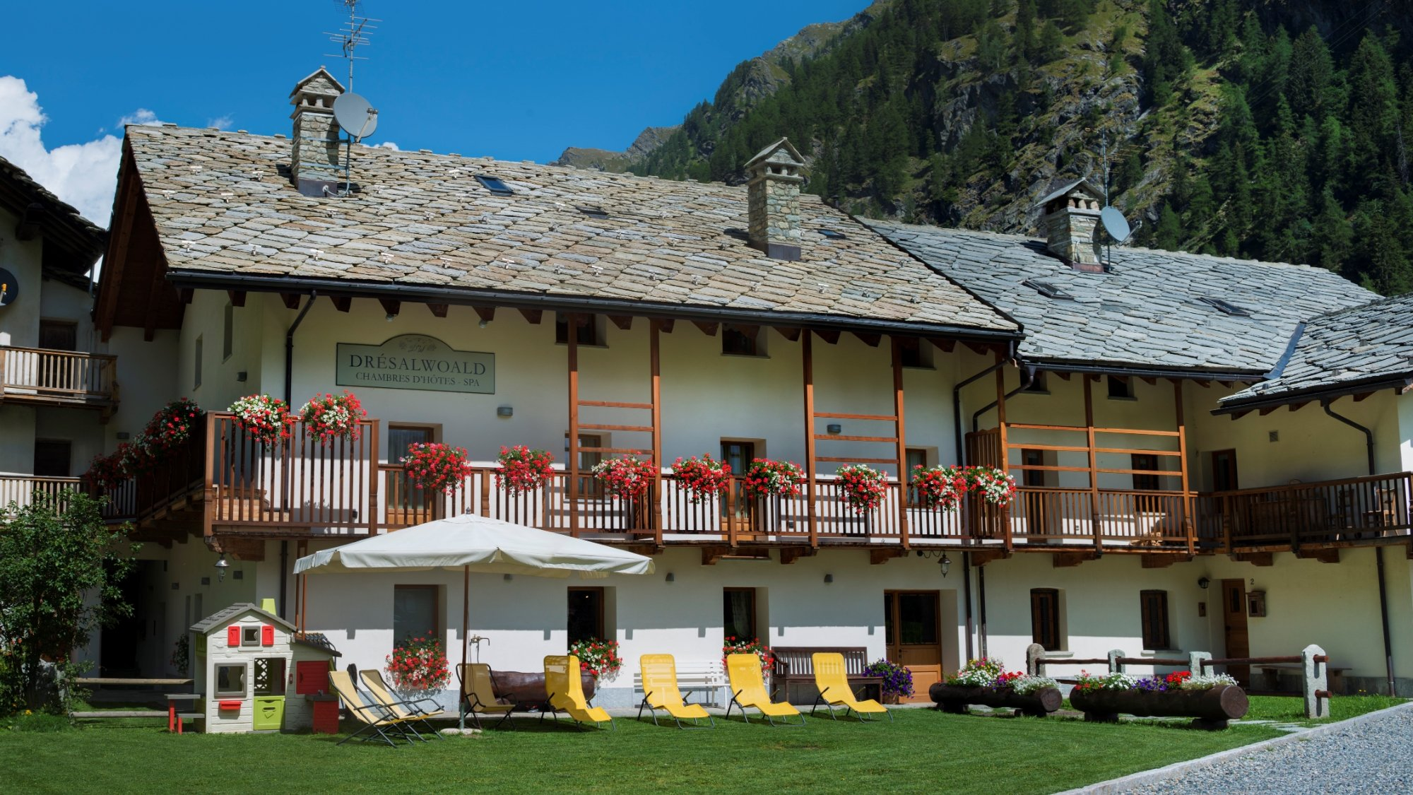 Chambres d Hotes Dresalwoald Prices & Hotel Reviews Gressoney