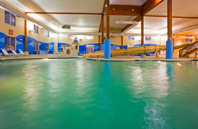 Holiday Inn Express Wisconsin Dells Updated 2017 Prices Hotel Reviews Tripadvisor
