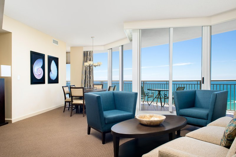 Doubletree by hilton ocean point resort spa updated for Act point salon price