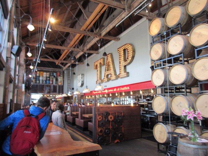 Tap Amp Barrel Shipyards 노스 밴쿠버 레스토랑 리뷰 트립어드바이저