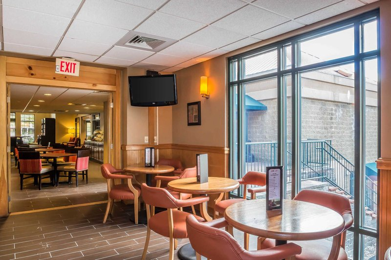 Comfort Suites Norwich 76 9 6 Updated 2018 Prices Hotel Reviews Ct Tripadvisor