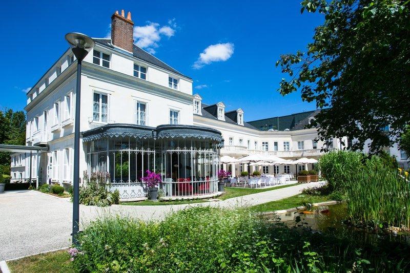 Clarion Hotel Chateau Belmont Tours France Voir Les