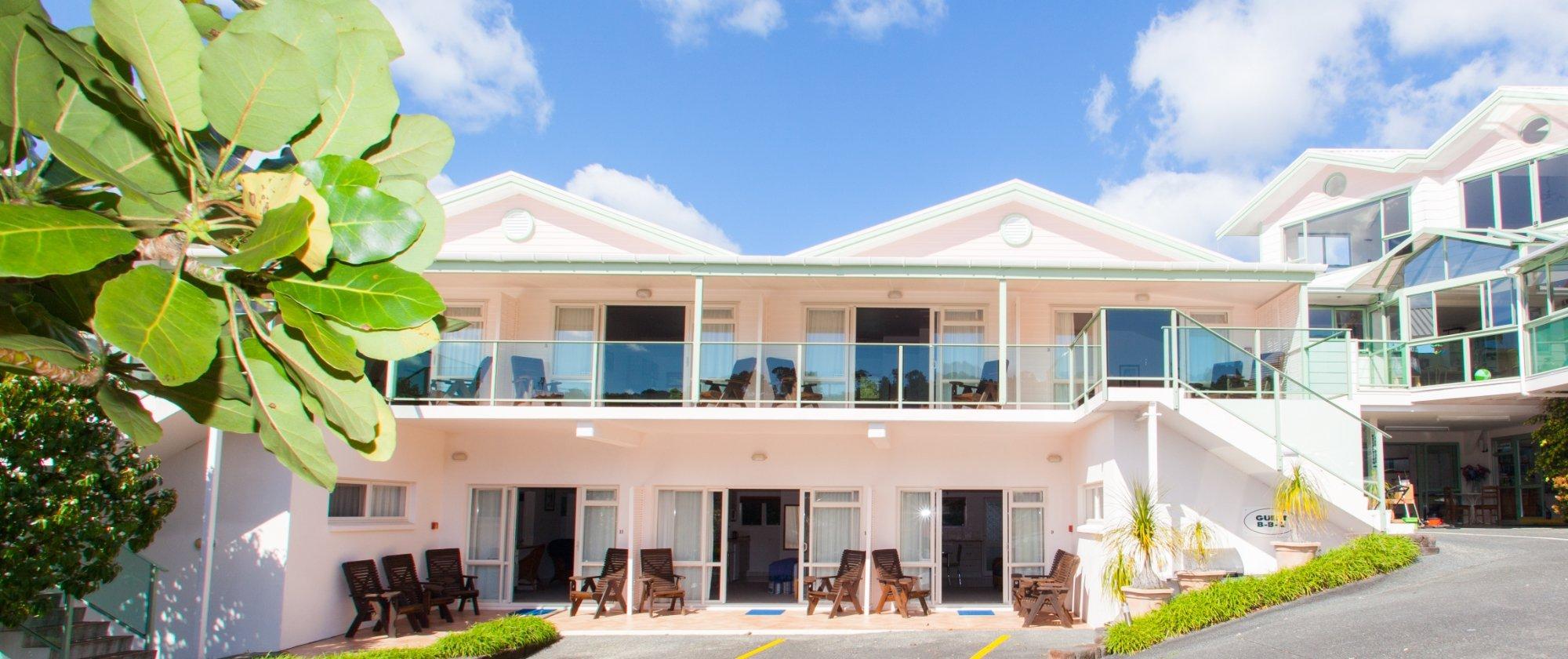 Admiral's View Lodge & Motel