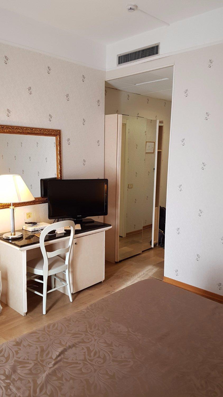 Hotel President Hotel President Rimini Italy Reviews Photos Price