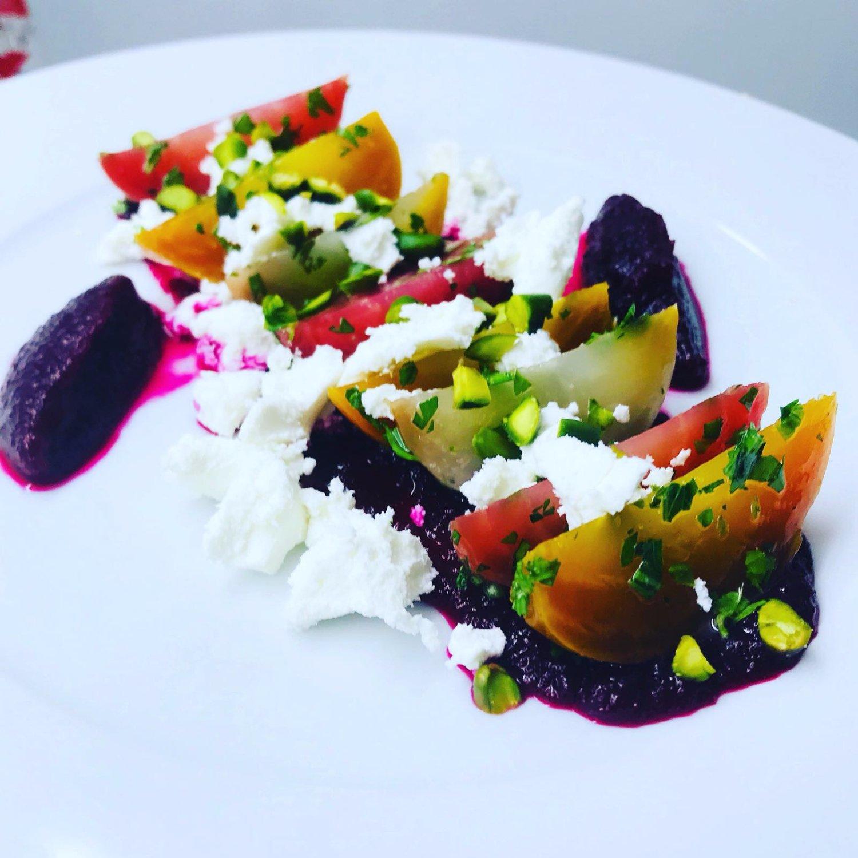 The 10 Best Restaurants Near Hotel Crayon Rouge by Elegancia