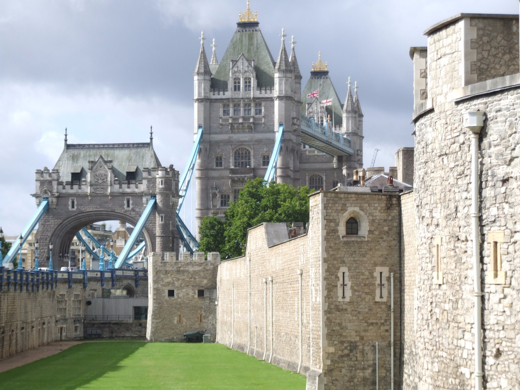 London Tower e London Bridge