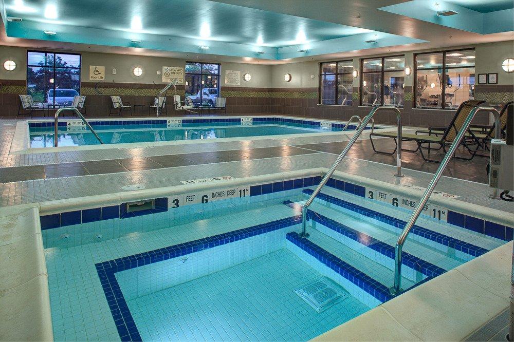 Hampton Inn Amp Suites Syracuse North Airport Area Salina
