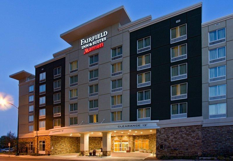 Fairfield Inn Amp Suites San Antonio Downtown Alamo Plaza
