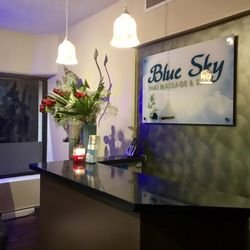 ‪Blue Sky Thai Massage & Spa‬