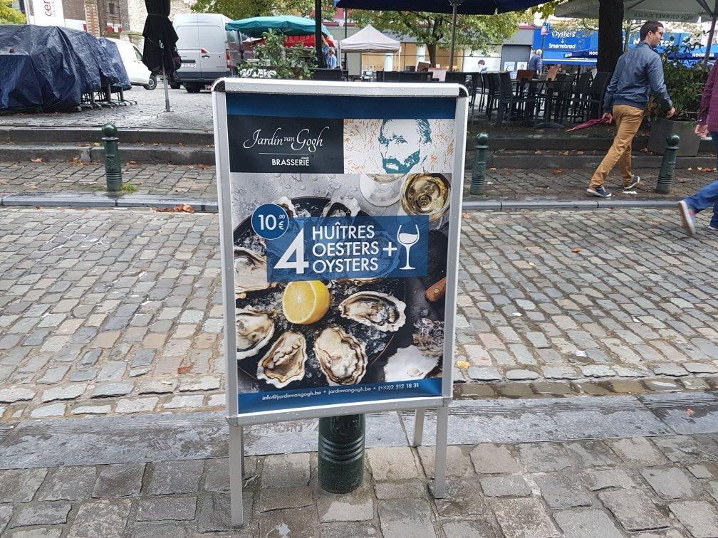 Jardin van gogh bruxelles restaurant avis num ro de t l phone photos tripadvisor for Ecran de jardin belgique