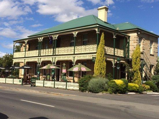 The Richmond Arms