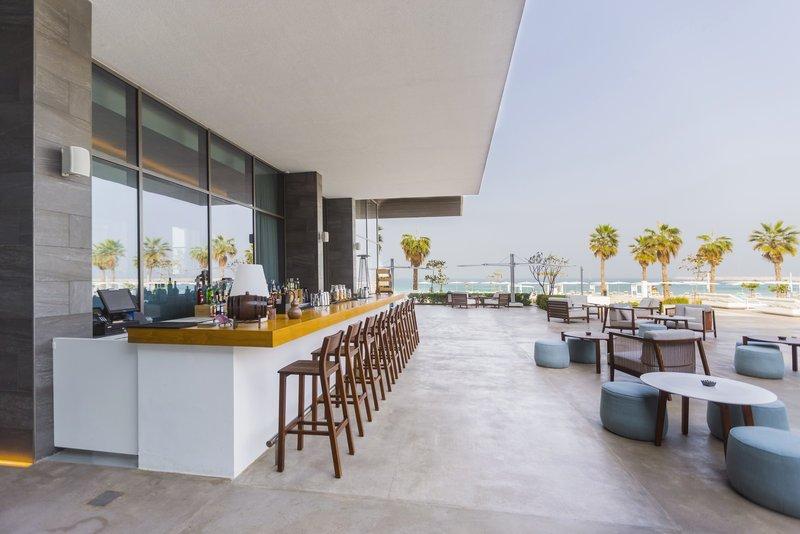 Nikki beach resort spa dubai uni emirat arab review for Nikki o salon lagos