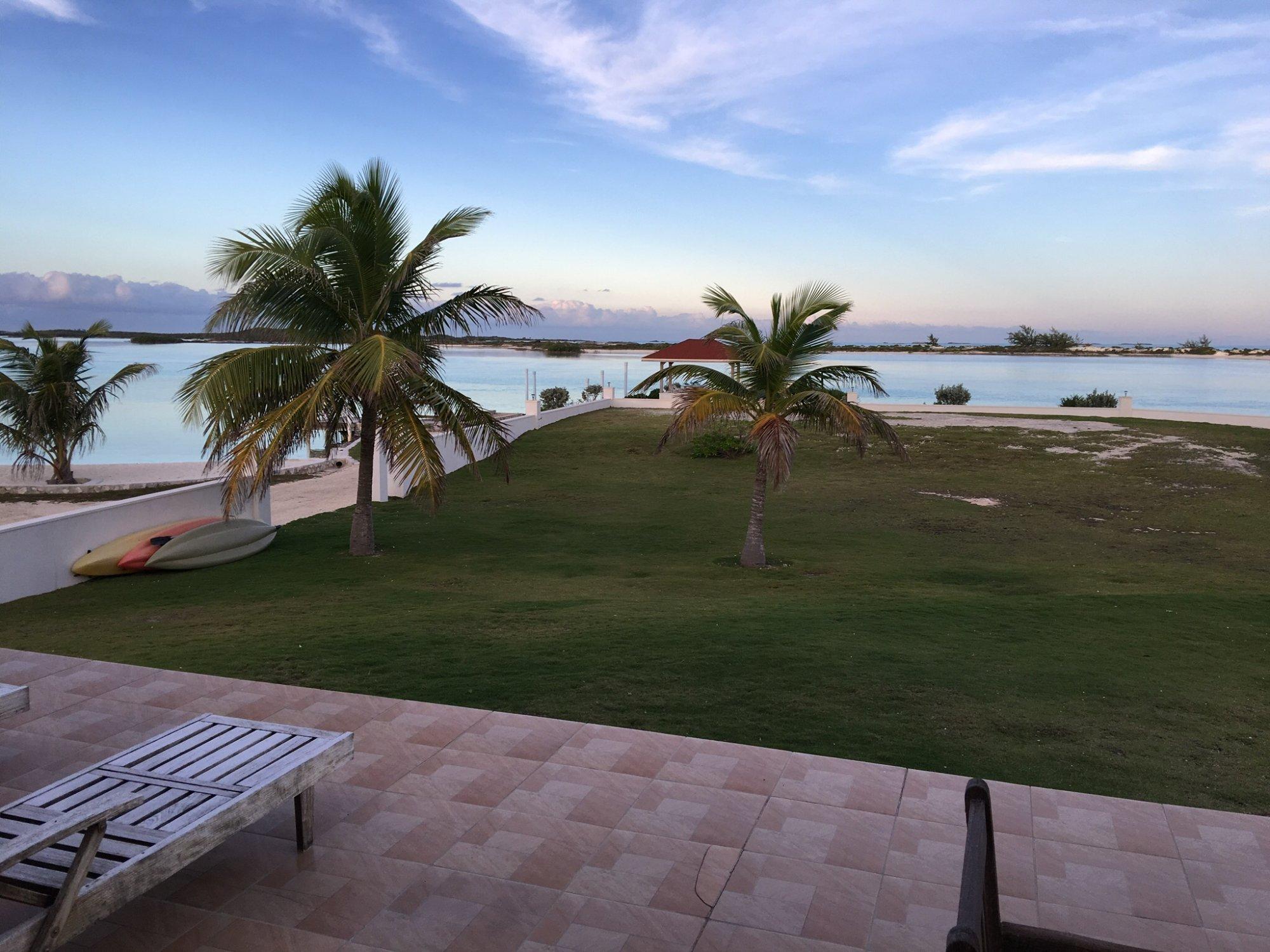 Le paradis, vue de notre villa(Bay view vacation rental villa #1)