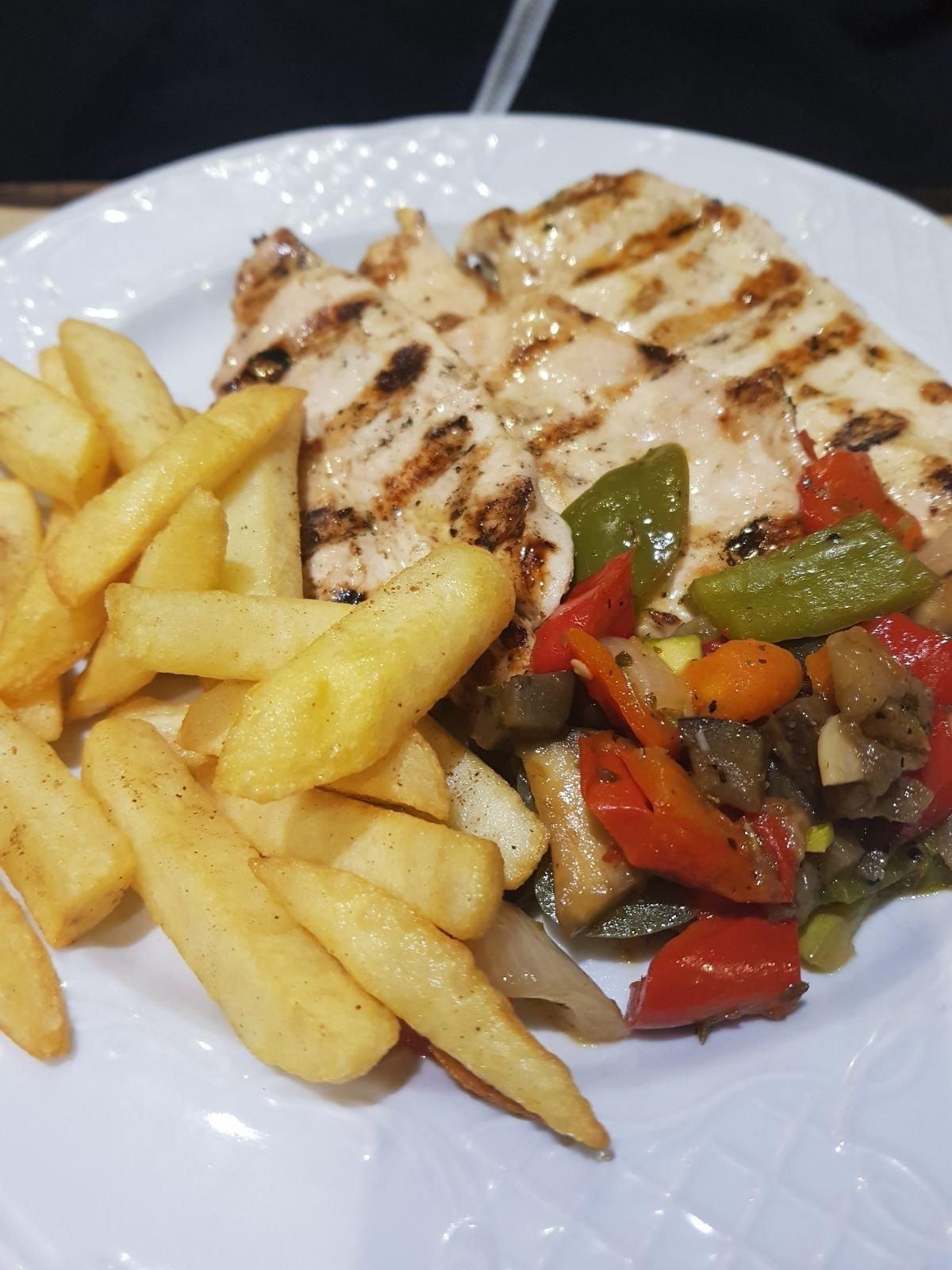 Restaurante El Patio Costa Teguise Plaza Pueblo Marinero