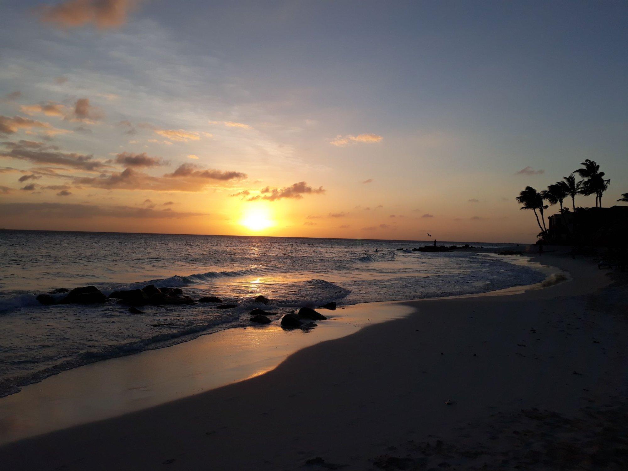 Manchebo Beach es una de las playas de Aruba. es muy linda y tranquila