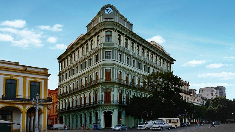 Saratoga Hotel