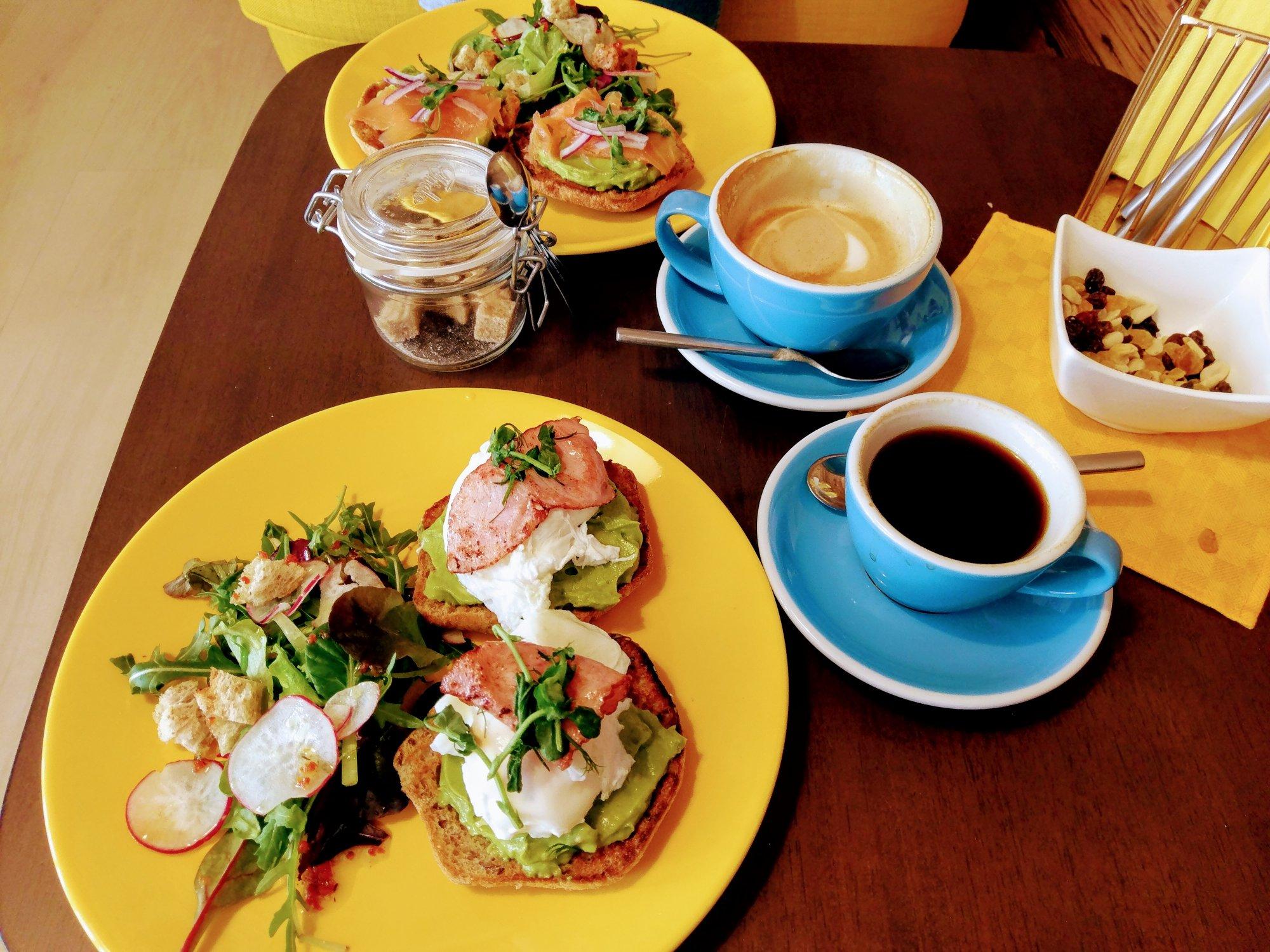 ACADEMIA coffee and breakfast bar