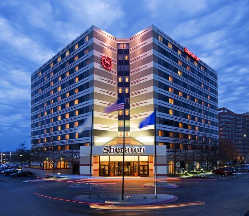 Sheraton Chicago O'Hare Airport Hotel