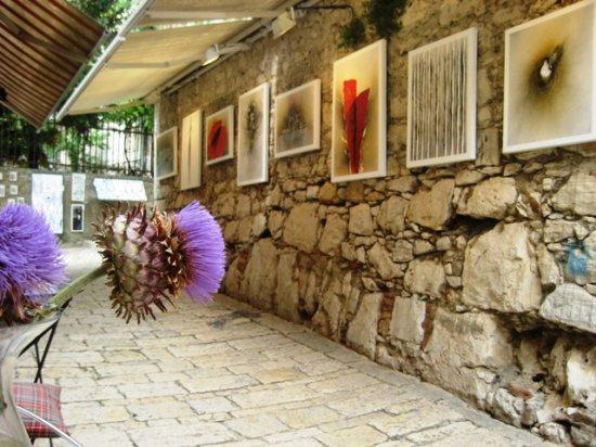 C.B.Schneider Modern Art Gallery