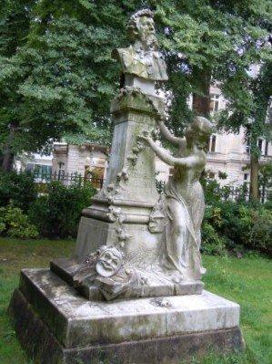 Monument a Edouard Pailleron