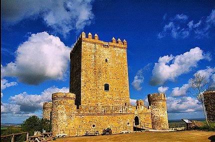 Castillo de Nogales