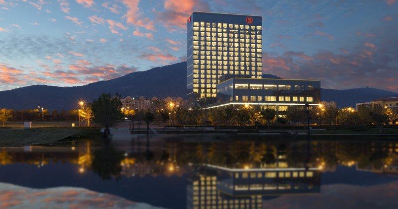 シェラトン青島李滄ホテル