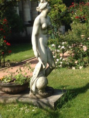 Statue Vénus Génitrix