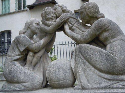 Statue La Reconciliation