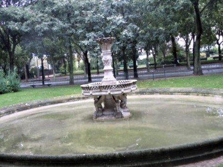 Fontaine de la Place Salvador Allende