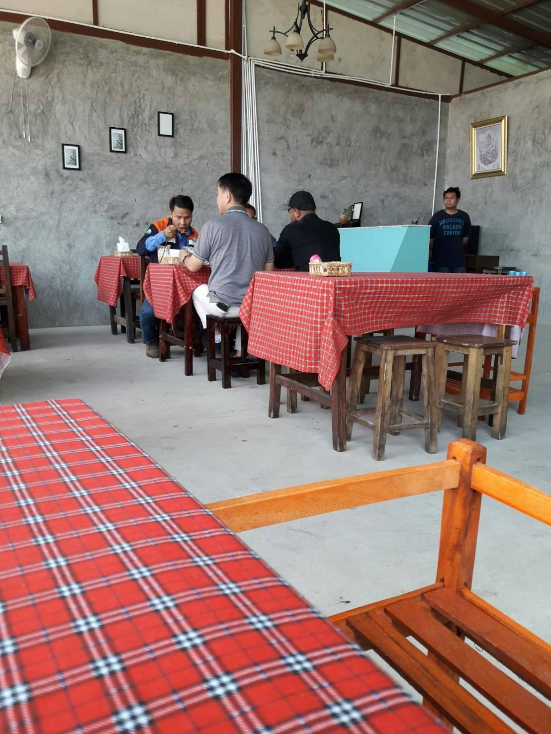 Jidapha Kaiyang Khao Suan Kwang Restaurant